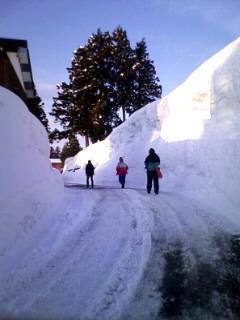 1、雪の壁.jpg